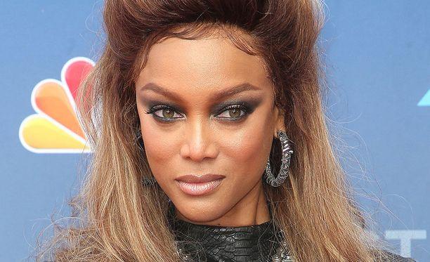 Tyra Banks on tunnettu huippumalli.