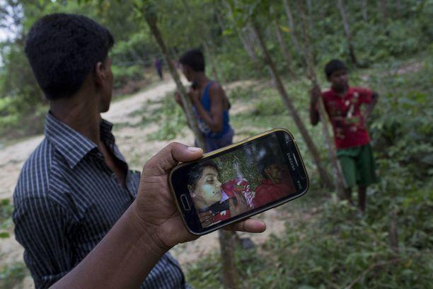 Jarullah, 25, ja Ayesha Bibi, 21, murhattiin Myanmarissa. Heidät haudattiin Bangladeshiin.