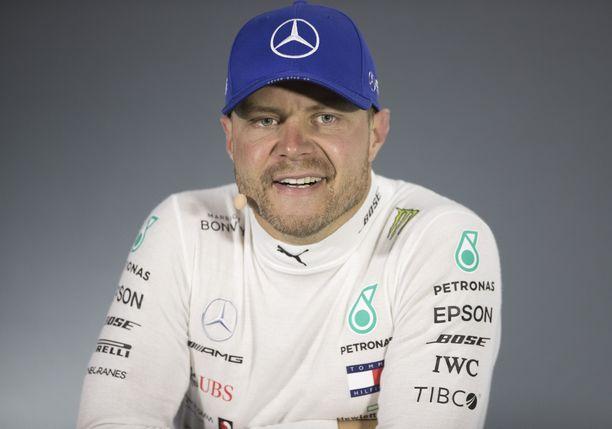 Valtteri Bottaksen t-paita on jo myyty loppuun F1-storesta.