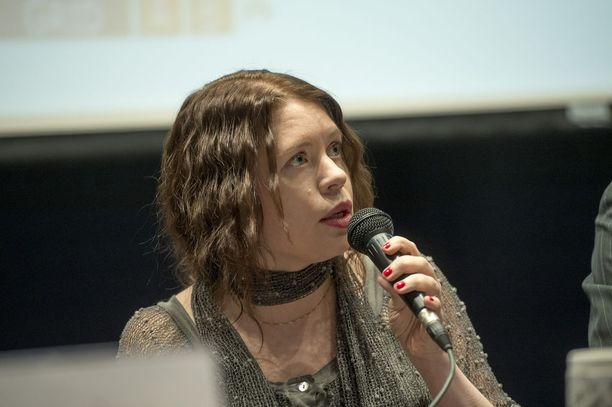 Anna Kontula kertoi jo huhtikuussa 2015, että joutui nimittelyn uhriksi. Hän ei kertonut, kuka nimittelyyn syyllistyi.