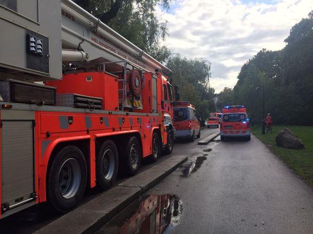 Paikalle hälytettiin pelastuslaitos.