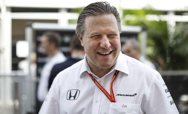 McLaren-pomo Zak Brown haluaa palauttaa brittitallin F1-sarjan kärkeen.