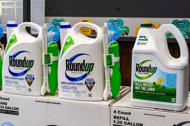 Glyfosaattia on muun muassa rikkakasvien torjuntaan tarkoitetussa Roundupissa.