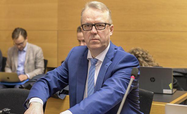 Tullin pääjohtaja Antti Hartikaisen virkarikossyytteitä käsiteltiin Helsingin käräjäoikeudessa.