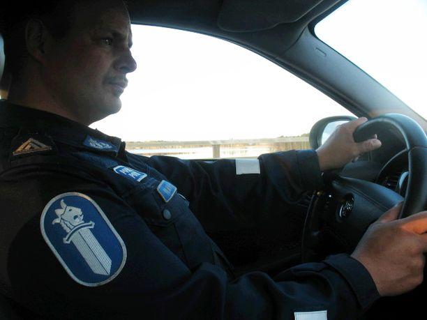 Poliisiksi palannut Kari Kulmala on pettynyt siihen, ettei eduskuntatyötä ole arvostettu korkealle virkanimityksissä.