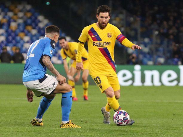 Napoli ja  Giovanni Di Lorenzo (vas.) sekä Barcelona ja Lionel Messi kohtasivat toisensa helmikuussa Napolissa. Tuolloin ottelu päättyi 1–1.