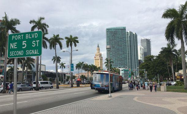 Miamissa on edustettuna monia kansallisuuksia.