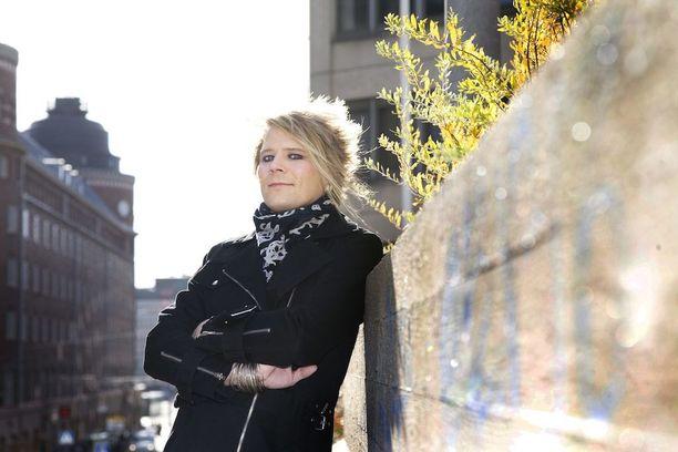 Sampsa Astala on Mötikän laulaja.