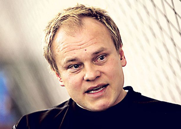 Mika-Matti paatelaisen Hibs joutuu uusintaan Ibroxille.