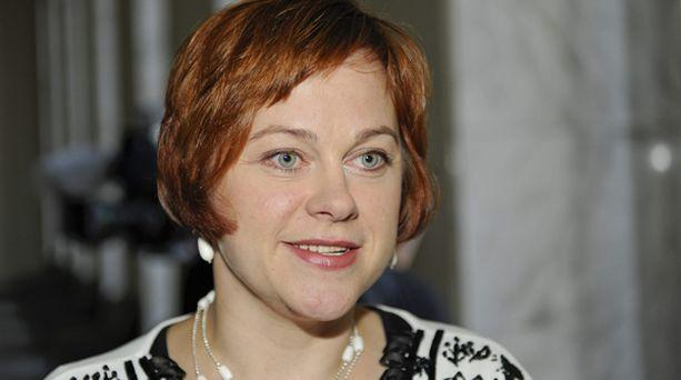 Paula Lehtomäki oli ennakkosuosikki keskustan uudeksi puheenjohtajaksi.