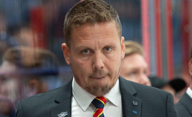 Jokerien päävalmentaja Lauri Marjamäki kävi kuumana ottelussa Dinamo Riikaa vastaan.