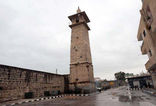 Omarin moskeija Etelä-Syyrian Daraassa maaliskuussa 2011 samoihin aikoihin kuin arabikevät levisi Syyriaan.