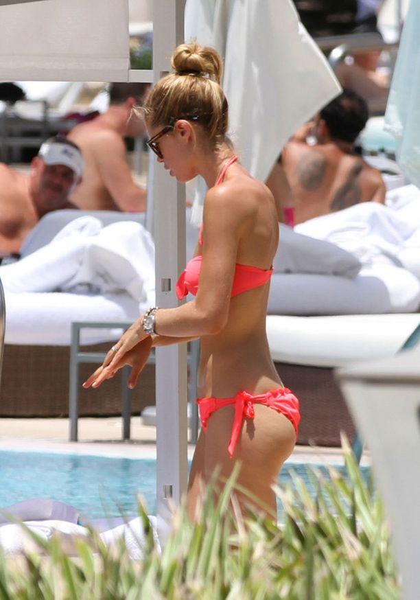 Doutzen Kroes on hurmaava bikinikaunotar.