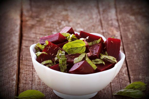 Punajuuri edistää elimistön hapensaantia. Lisää sitä vaikkapa lounassalaattiin.