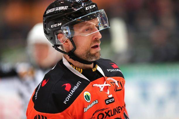 Arto Laatikainen on pisteiden valossa kaikkien aikojen puolustaja pudotuspeleissä.