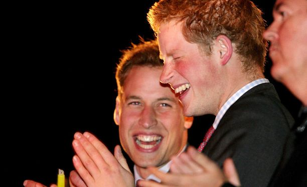 Prinssit William ja Harry ovat läheisiä.
