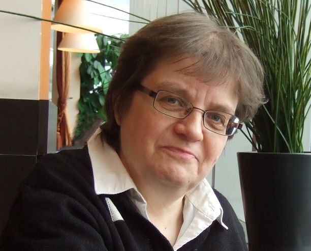 Lena Lindgren on syntynyt vuonna 1959.