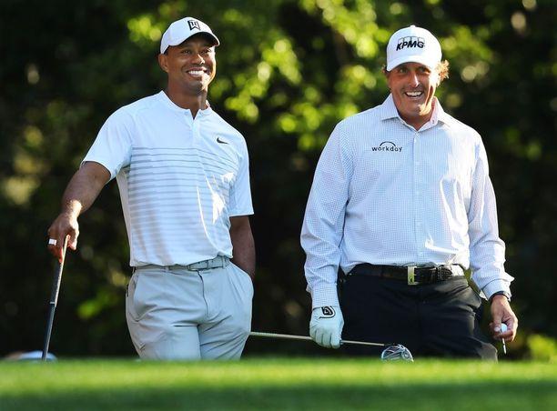 Tiger Woods nähtiin viikolla treenaamassa yhdessä pitkäaikaisen vihollisensa Phil Mickelsonin kanssa.