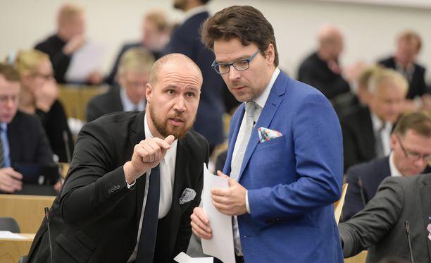 Jyväskylässä pitkään suurimpana valtuustoryhmänä ollut SDP putosi kakkostilalle. Vaalimenestyksen salaisuutta Aalto kuvailee kolmella sanalla: - Työ, työ, työ!