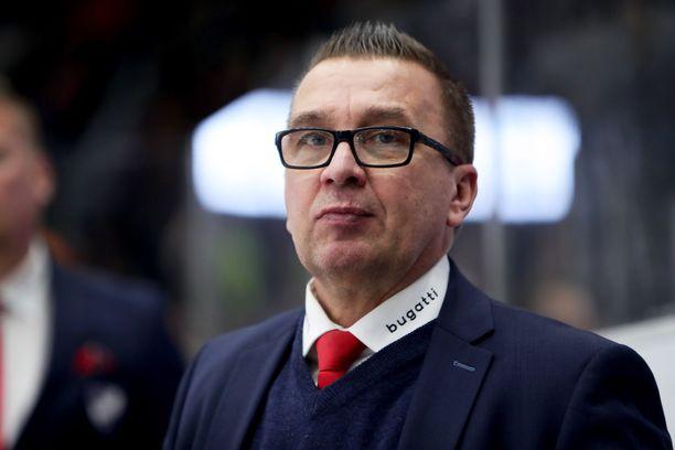 Ari-Pekka Selin on Ässien päävalmentaja ensi kaudella.