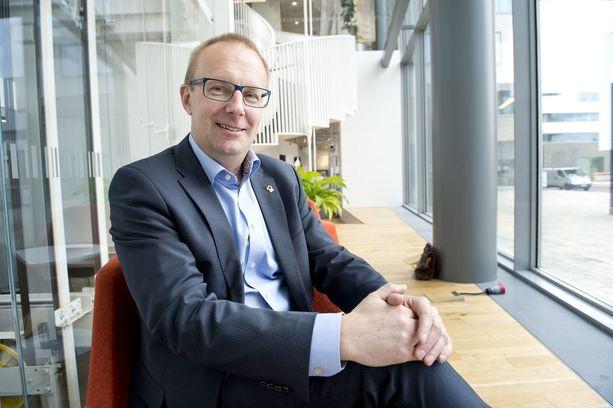 SAK:n puheenjohtaja Jarkko Eloranta on ehdottanut kahden valtakunnansovittelijan mallia.