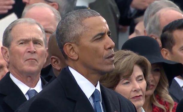 Entisillä presidenteillä ei ole ollut tapana kommentoida seuraajansa tekemisiä, mutta Barack Obama ilmoitti maanantaina tiedottajansa välityksellä vastustavansa ihmisten syrjintää heidän uskonsa vuoksi.