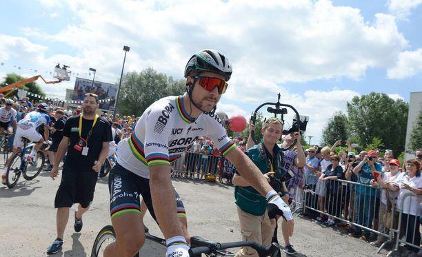 Peter Sagan polki neljännen etapin toiseksi.
