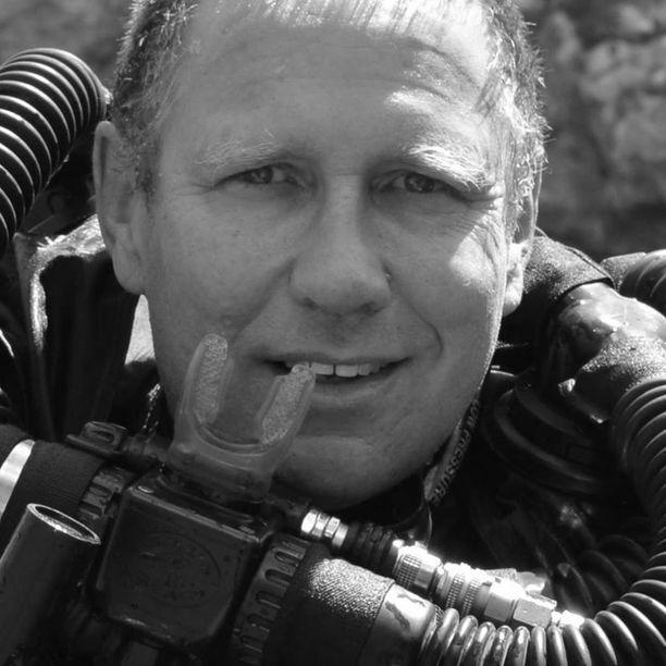 Richard Harris oli yksi operaation merkittävimmistä tekijöistä.