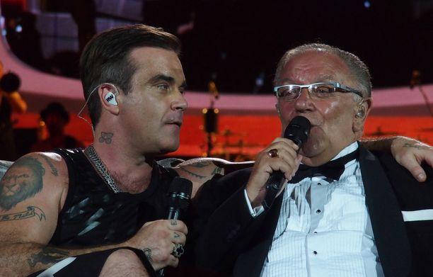 Italian-keikalle Robbie otti mukaan isänsä.