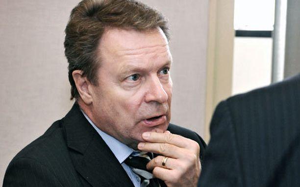 Ilkka Kanerva arvostaa virkamiehiä, joilla on näkemystä.