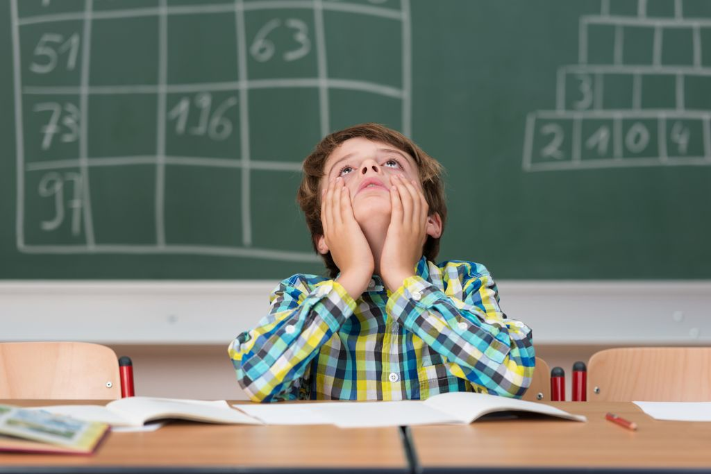 Inkluusiomallin arvostelijoiden mukaan siitä on tullut silkka säästökeino, jonka seurauksista kärsivät niin oppilaat kuin opettajat.