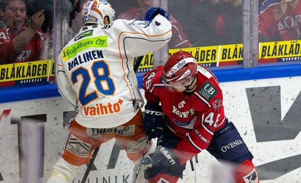 Tappara lasketaan yleisesti mestarisuosikiksi, mutta HIFK on osoittatunut sille vaikeaksi vastustajaksi.