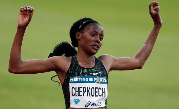 Beatrice Chepkoech teki uuden maailmanennätyksen.