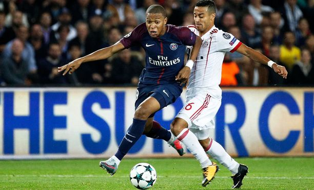 Kylian Mbappe siirtyi PSG:hen Monacosta.