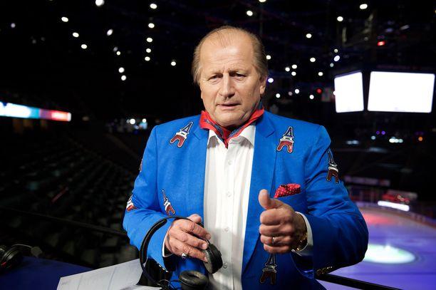Juhani Tamminen on tullut tunnetuksi muun muassa tv-kommentaattorina. Kuva on vuodelta 2017.
