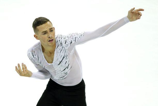 Adam Rippon sijoittui vasta neljänneksi olympiakarsinnoissa, mutta sai paikan USA:n olympiajoukkueessa.
