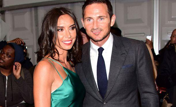 Frank Lampardin kohupäivitykseen pääsi hänen vaimonsa Christine Bleakley.
