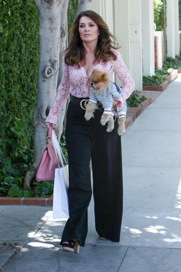 Lisa Vanderpump on tuttu Beverly Hillsin täydelliset naiset -ohjelmasta.