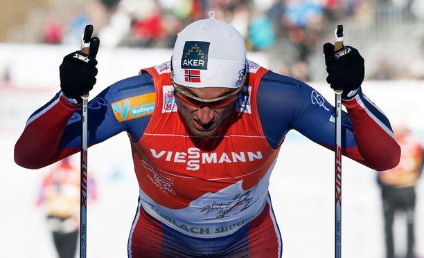Petter Northug johtaa Tour de Skitä.