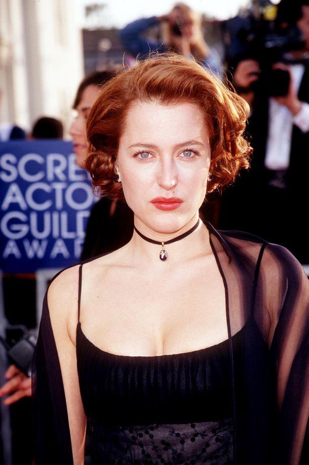 Gillian Anderson kuvattuna vuonna 1998.