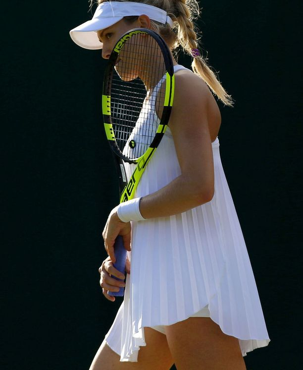 Kanadan Eugenie Bouchard oli yksi monista, jotka joutuivat palauttamaan Wimbledon-asunsa Nikelle.