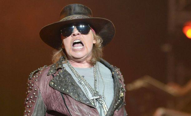Axl Rose lienee AC/DC:n uusi laulaja.