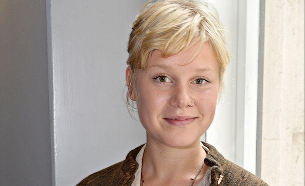 Pilke voitti osastaan Kielletyssä hedelmässä Parhaan naissivuosan Jussi-palkinnon vuonna 2010. Helmiä ja sikoja -elokuva antoi hänelle sysäyksen alalle.