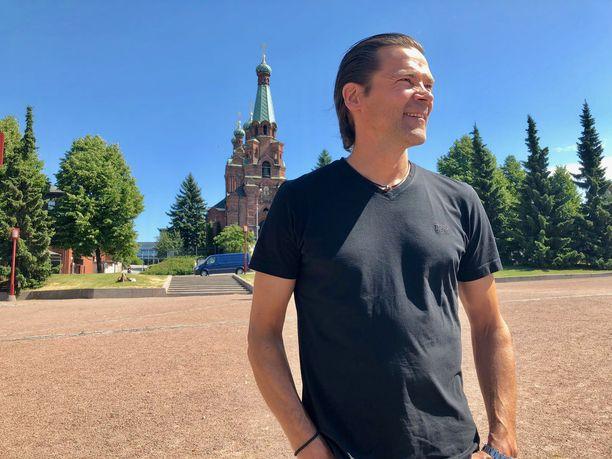 Teppo Numminen viettää kesää tutuissa Tampereen maisemissa.