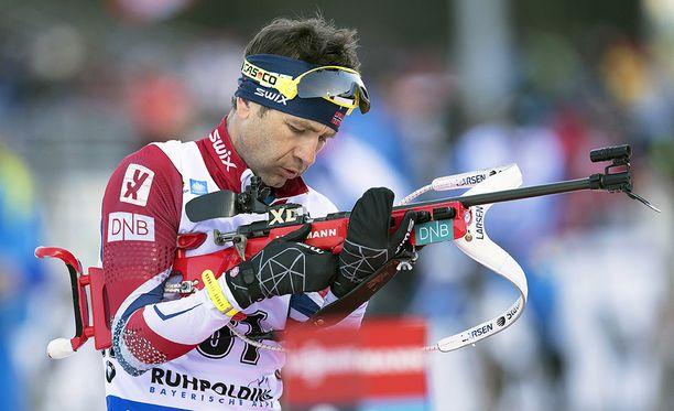 Ole Einar Bjørndalen on keräillyt itseään kaksi viikkoa olympiavalintakohun jälkeen.