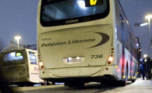 Työnseisauksen takia kymmenet bussilinjat jäävät ajamatta aamuvarhaisesta iltamyöhään.