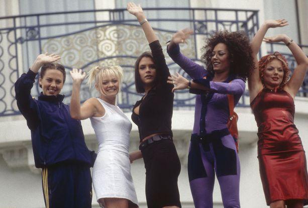 Tältä Spice Girls-yhtye näytti vuonna 1997. Vasemmalta oikealle, Melanie C, Emma, Victoria, Mel B ja Geri.