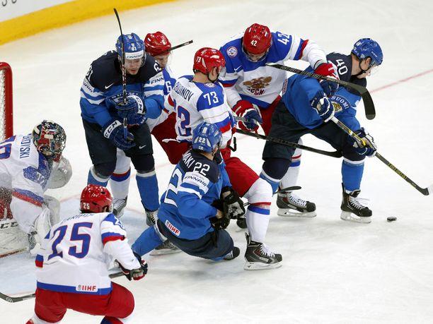 Tämä taistelu ei unohdu. Suomi ja Venäjä kohtasivat Minskin MM-kisojen finaalissa.