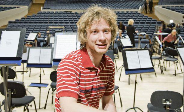 Santtu-Matias Rouvali johti orkesteria Göteborgin konserttitalossa Ruotsissa.