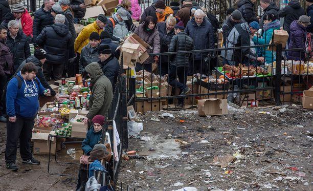 Venäjällä köyhyydessä elävien ihmisten määrä on korkeimmillaan sitten vuoden 2006, ilmenee Venäjän tilastoviranomaisen Rosstatin keskiviikkona julkaisemista luvuista.